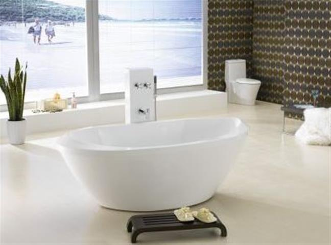 Bath Tub Free Standing Extra Large Modern Oval Curve